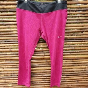 Nike Dri Fit Knee Length Leggings Size L